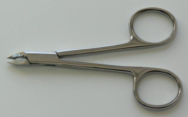 Kleště-štipky očkové na manikúru Solista Solingen 10 cm - Kleště a nůžky na nehty a kůži pro manikúru a pedikúru, pinzety, pilníky, atd. Kleště na nehty a kůži pro manikúru a pedikúru
