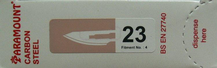 PARAMOUNT Čepelka skalpelová sterilní karbonová tvar 23