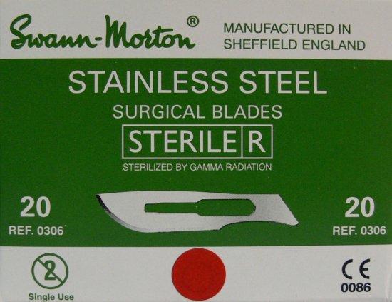 SWANN MORTON Čepelka skalpelová sterilní nerezová tvar 20 - Kleště a nůžky na nehty a kůži pro manikúru a pedikúru, pinzety, pilníky, atd. Skalpelové čepelky nerezové, držátka čepelek