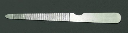 Pilník na nehty kovový, sekaný 12, 5 cm