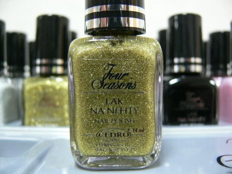 Four Seasons Lak na nehty FS odstín 60 glitterový lak 14 ml - Laky na nehty Laky na nehty Cedro - Four Seasons