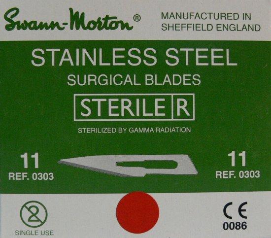 SWANN MORTON Čepelka skalpelová sterilní nerezová tvar 11 - Kleště a nůžky na nehty a kůži pro manikúru a pedikúru, pinzety, pilníky, atd. Skalpelové čepelky nerezové, držátka čepelek