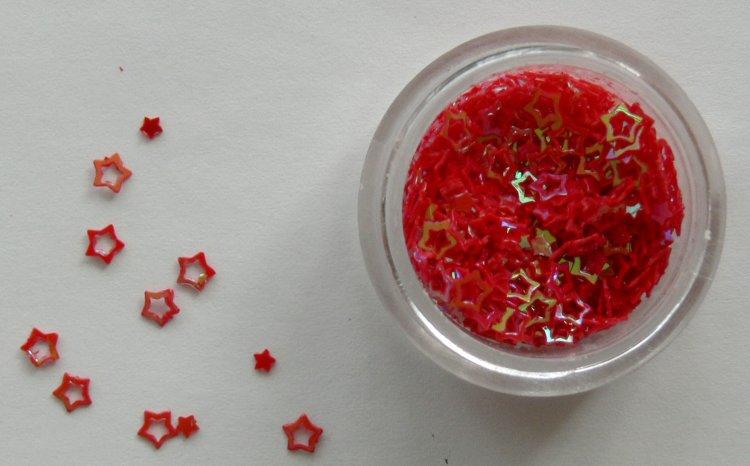 Holografické hvězdičky na zdobení nehtů červené - Nail Art, zdobící materiály Holografická srdíčka a hvězdičky na zdobení